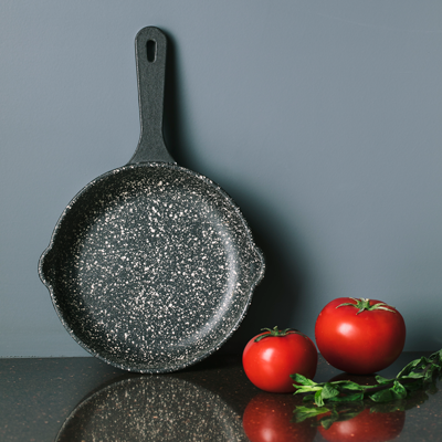 cast iron one handle frypan-size 14
